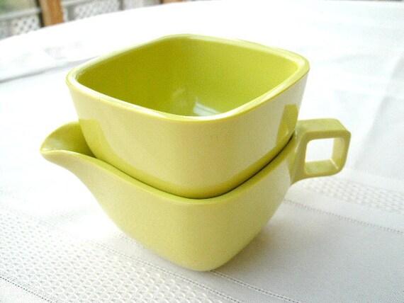 Vintage Melmac Ware - Lime Green Creamer & Sugar Bowl