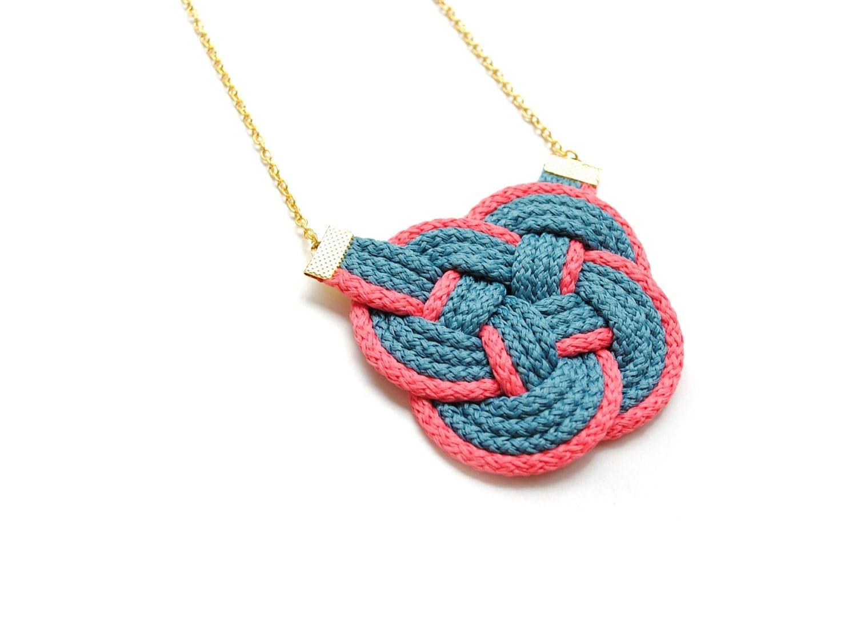 Вязание узлов из шнуров