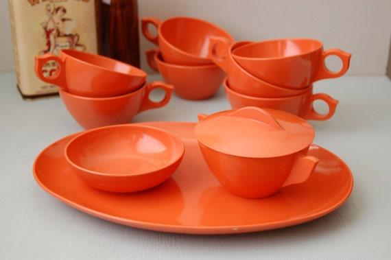 Vintage orange melmac tea set