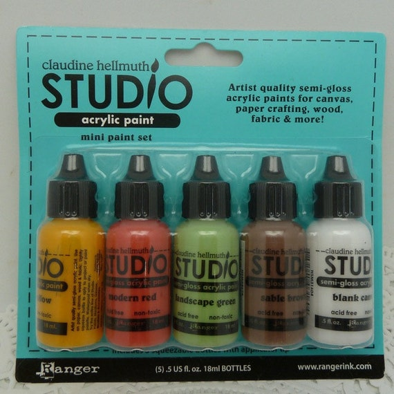 New Claudine Hellmuth studio .5 oz paint set
