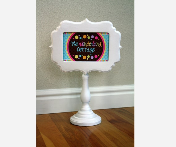 Pedestal Picture Frame, 4 x 6, Pick your frame and color