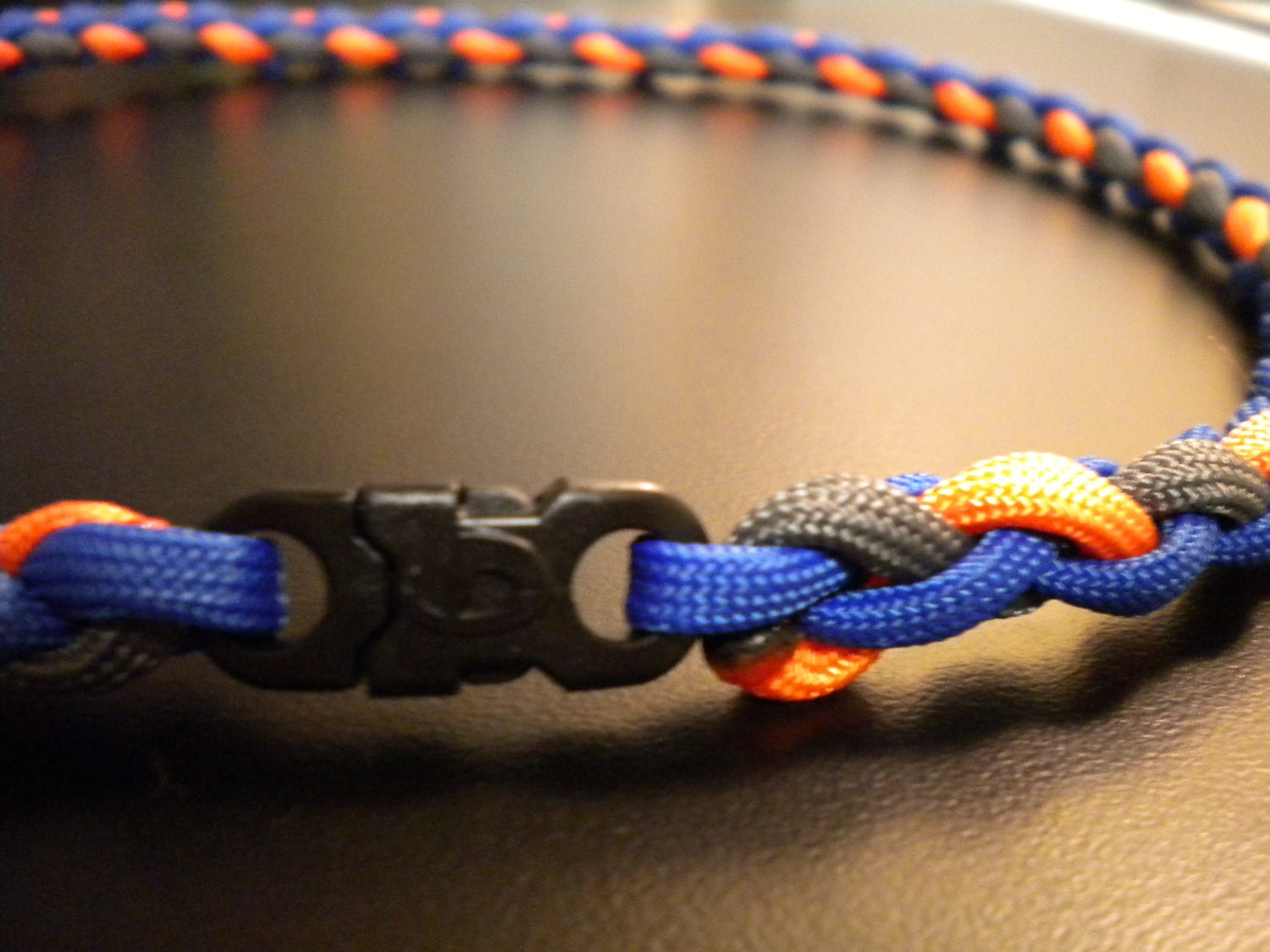 paracord necklace instructions