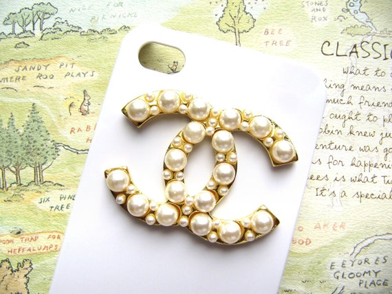 Golden CC Designer Logo with Pearl Deco Monogram Cabochon Flatback 1 Pieces