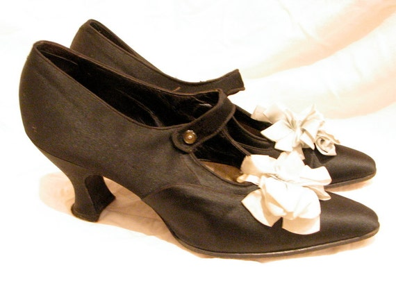 1920s Vintage Rare Black Silk Shoes - REDUCED from 170