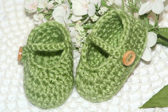 Crocheted Baby Booties - Mary Jane, 0/3 Months - Handmade Baby Shoes in Green