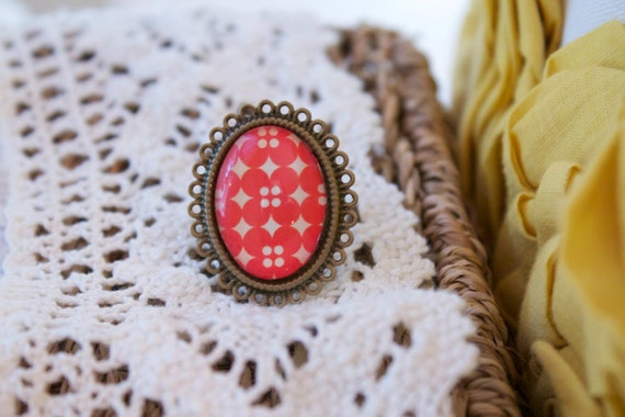 Red Retro Ring