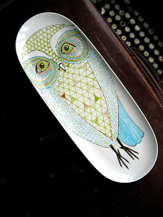 Owl Illustration on long platter plate