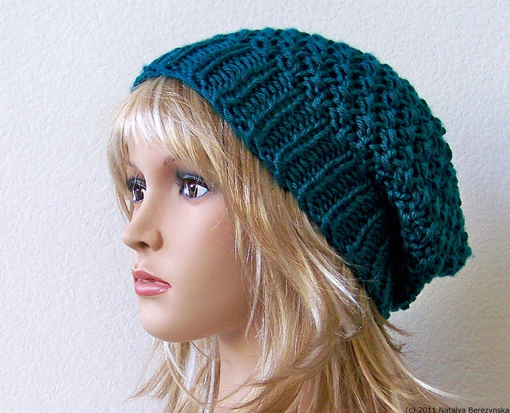 Free Knit Pattern For Boot Toppers : Slouch Beanie Hat Knitting Pattern Picture to Pin on Pinterest - ThePinsta