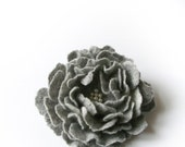 felted  flower brooch   GREY  / made to order / free gift wraping - Patricija