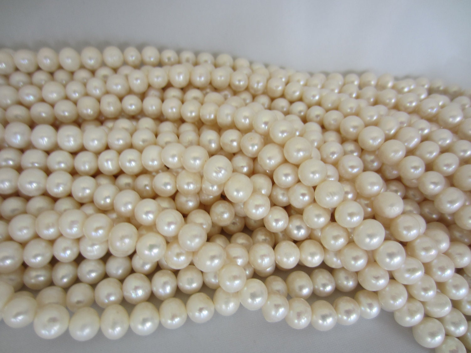 Cultivated Pearls Vs Natural Pearls