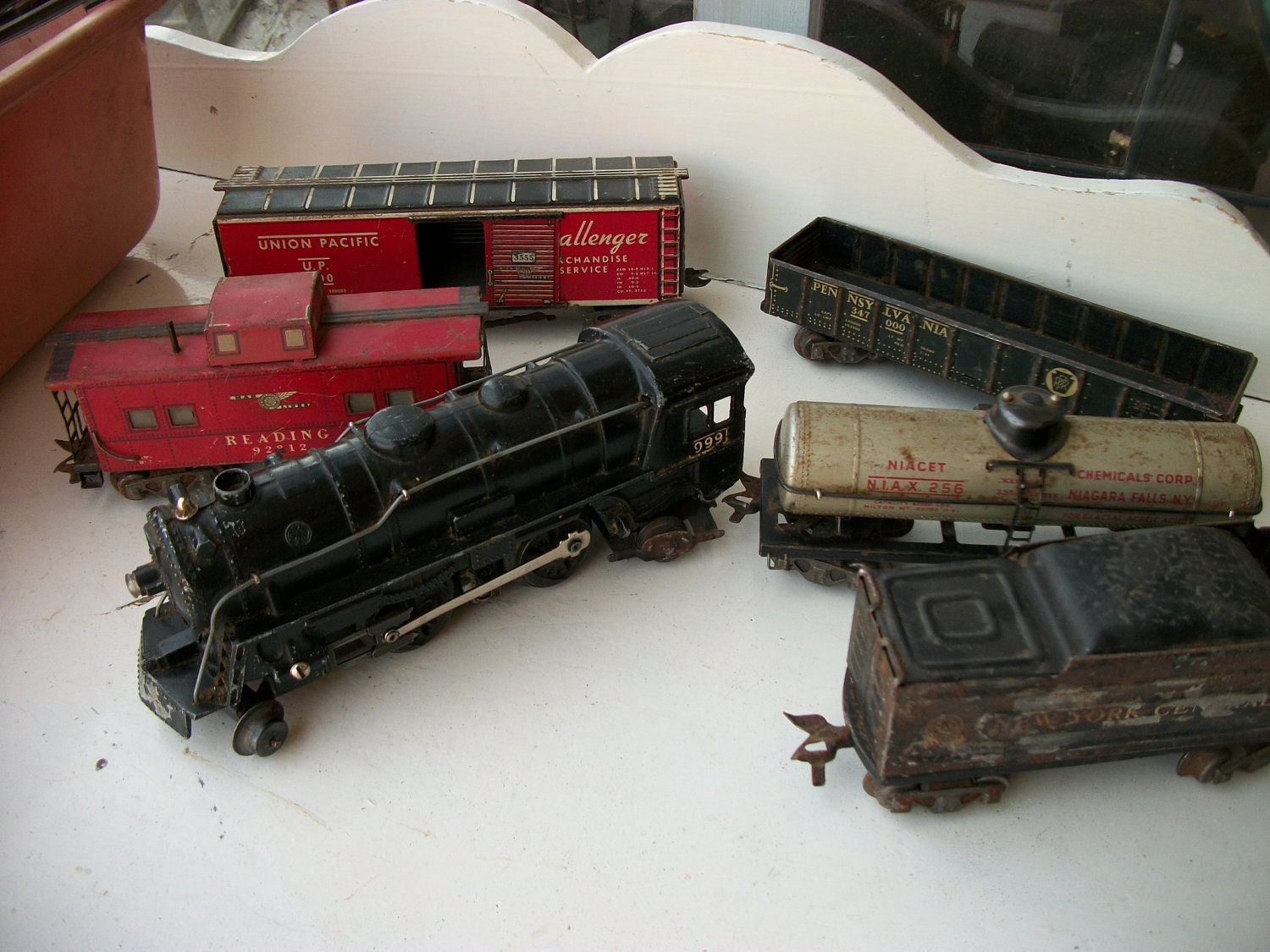 Louis marx mechanical train set 9625