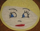 Vintage Kitsch Doll Face Pot Holder Retro Kitchen Hot Pad - PiecesOfOlde