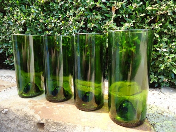 Wine Bottle Glasses Like Pint Glasses but Better in Pine Green 20 oz Set of 4