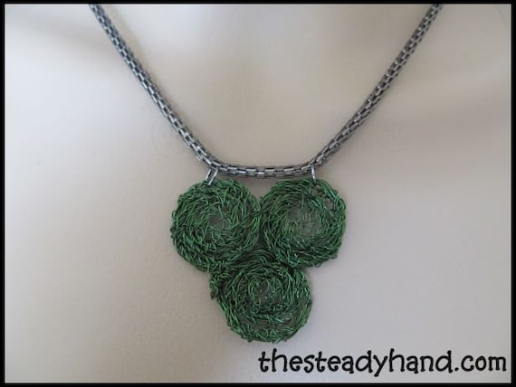 Green crochet circles necklace by The Steady Hand