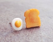 Egg and Toast Stud Earrings - Breakfast Earrings - Miniature Food Earrings - MistyAurora