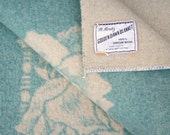 Vintage roses wool blanket // JC Penney Golden Dawn // sea foam green ivory // 1950s - scoutandrescue