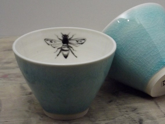 One Porcelain Blue Bee Tea Cup