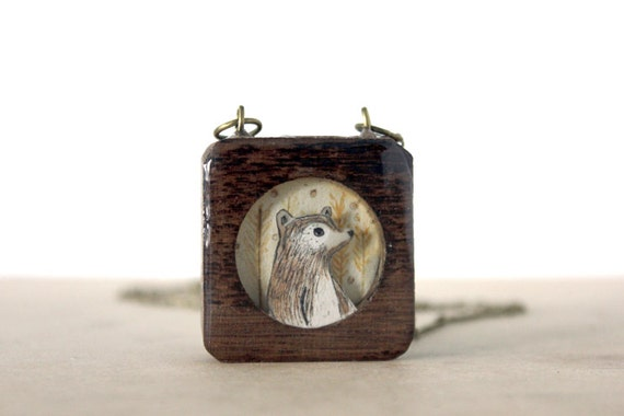 honey harvest bear- fall fashion wooden bear necklace- wheat field dark wood- iamabird black friday cyber monday sale