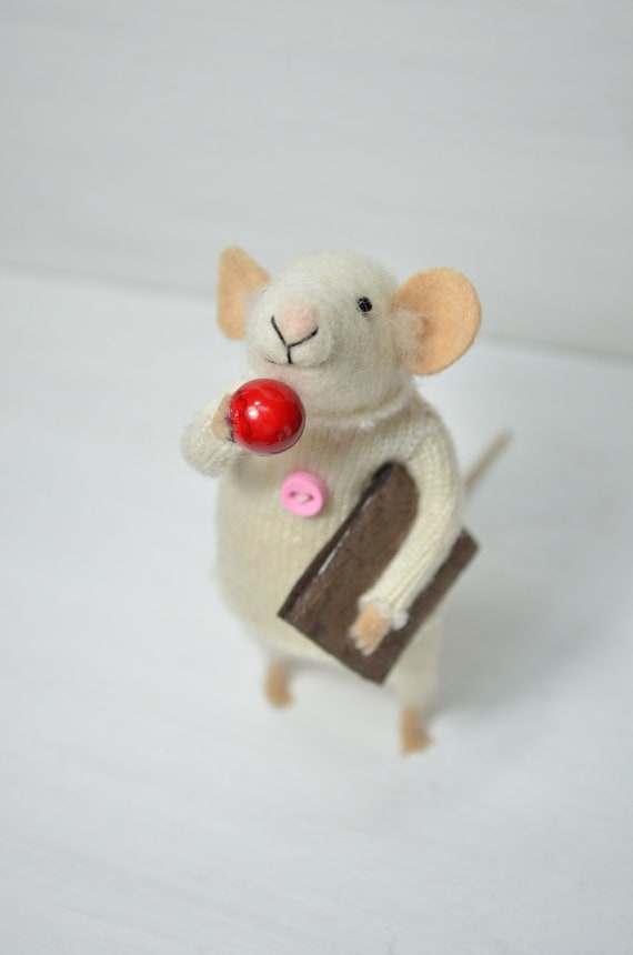 Little Reader Mouse - unique - needle felted ornament animal, felting dreams made to order