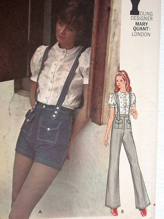 "Butterick Pattern No 6243 UNCUT VIntage 1970s SIze 9 Bust 32"" Blouse Top Pants Shorts Designer Mary Quant London"