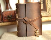 Leather journal handmade,with vintage owl,vintage diary,portable travel journal,rustic,leather notebook,brown,perfect gift for him/her