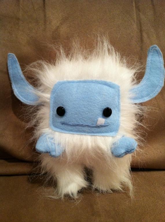 Snow Momo Monster