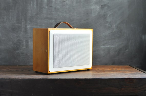 Handmade Hardwood Hi-Fi MP3 Speaker