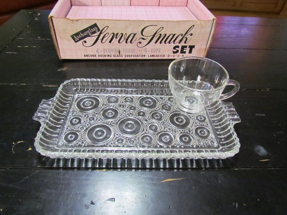 1950's Anchor Hocking 8 Piece Serva-Snack Set, Bubble Pattern