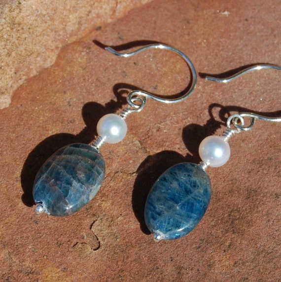 Apatite Pearl EarringsTeal Blue Handcrafted Sterling Silver Link Earrings