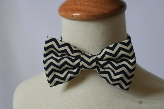 Navy blue chevron bow tie for baby infant toddlers boys Adjustable