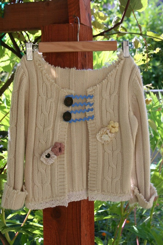 Button Bouquet Sweater girls cardigan flowers crochet cropped cable knit ecru 8/10 tattered children shabby chic recycled upcycled