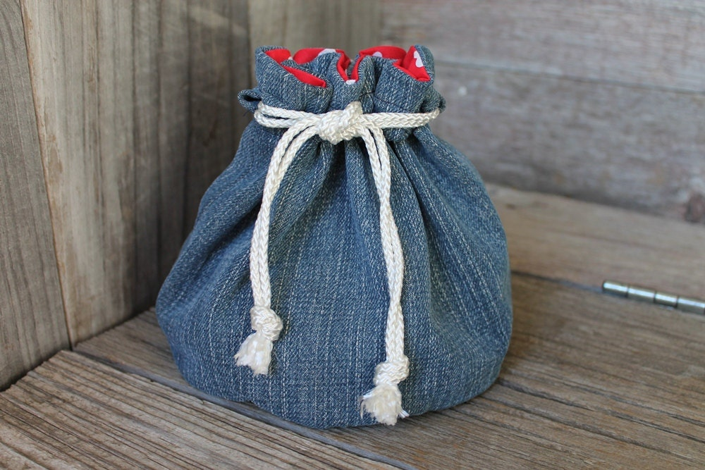 bucket bag Valentine's Day denim with red and white hearts girls ladies teens jewelry bag