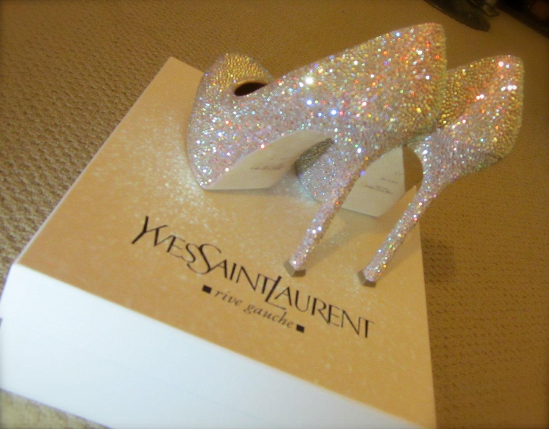 Yves saint laurent pump with stiletto heel strassed in for Miroir yves saint laurent