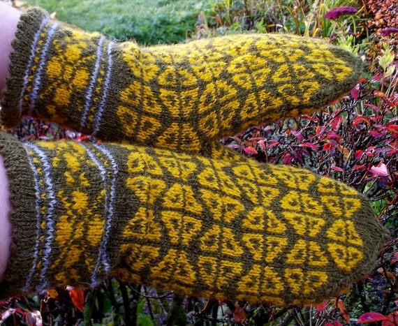 hand knitted latvian traditional green yellow warm woolen mittens