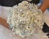 Deposit for classic heirloom pearl brooch bouquet -- made-to-order wedding brooch bouquet - Noaki