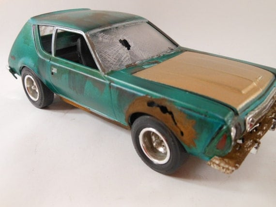 1976 AMC Gremlin 1/24 scale model car in green