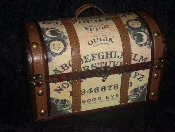 Ouija Board purse by      madmadamemimsshop