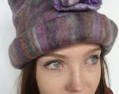 Felt handmade Hat merino wool and silk purple tones - DivineFelts