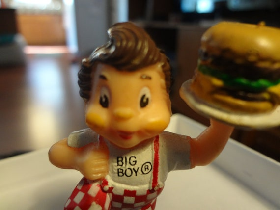 Tiny Two inch BIG BOY Doll 1984 Figure Toy Figurine RARE collectable Bobs Frischs action Box Room