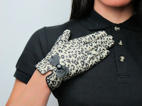 Gloves - Brown Leopard - Elastic Fabric Clothing with Leather bow and button - Women - Winter Fall - Handmade - Free Shipping
