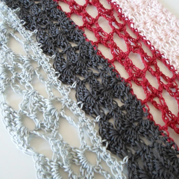 Lovely Lace Cowl