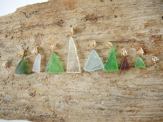 Sea Glass 8 Triangles with 10 Vintage Findings Jewelry Making Kit with Maine Sea Glass SG16