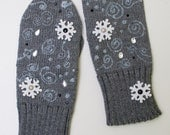 Winter Madness Grey Knitted Wool Mittens for Gift for Her Women Accessories europeanstreetteam Snowflake - CloudberryFactory