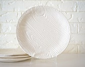 Woodgrain Set of Four Plates, White - MudHandChan