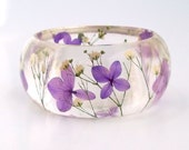 Purple Hydrangea and White Baby's Breath Resin Bangle Bracelet - Hydrangea Cuff  - Chunky Floral  Bracelet - Real Flowers Cuff - SpottedDogAsheville