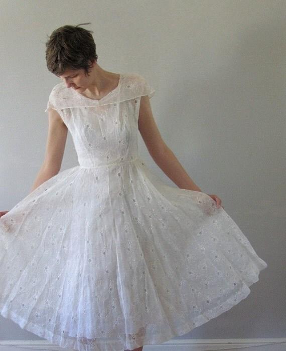 40s 50s white dress . vintage wedding dress . sheer eyelet dress