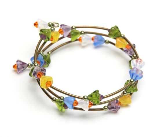 Spring Crocus Memory Wire Bracelet - Blue Purple Yellow White and Green Flower Beads with Crystal Accents - Handmade Jewelry