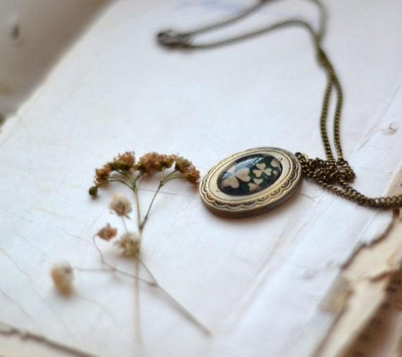 Bridesmaid Locket Necklace - Emerald Green & Beige - Secret Message Locket - Great for Weddings, Bridesmaids, Mothers Day