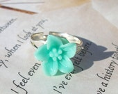 Mint Green Flower Ring Spring Trend Floral Resin Ring - BlueBayCrochet