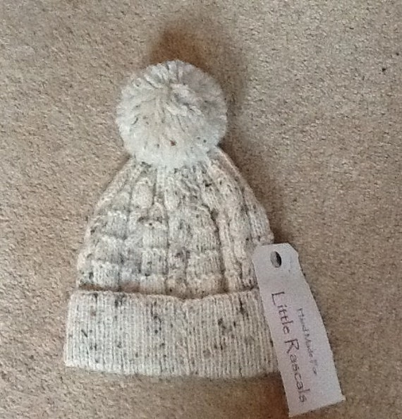 Boys knitted Hat (neutral)